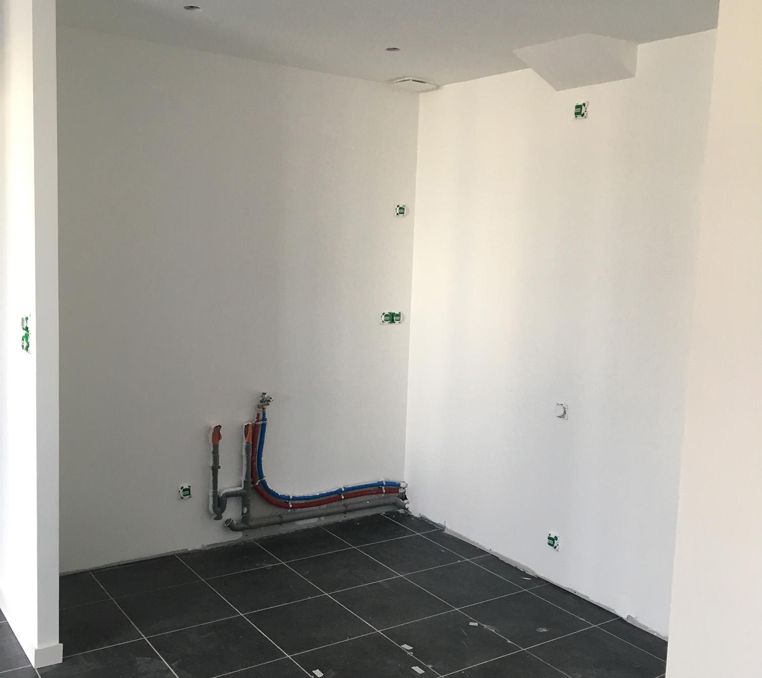 Création salle de douche - PENDANT : réseaux plomberie et électricité