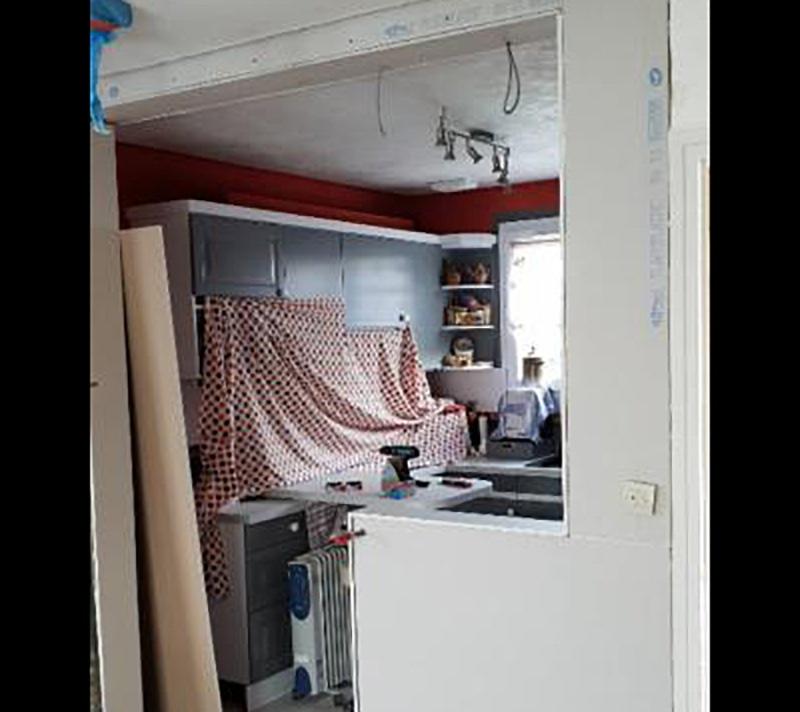 PENDANT : mise en peinture + reprise plafond et sol
